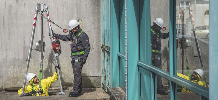 Confined Space Entry Training with Escape BA & Self-Rescue Procedures - CST001 (2 Days)