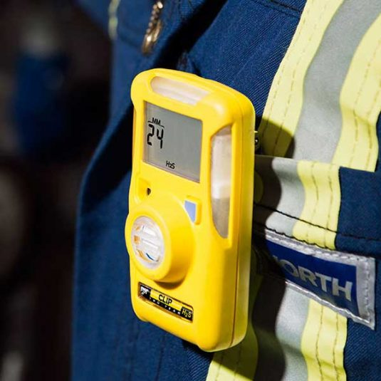 Zoomed In Image Of Worker Wearing H2S BW Clip Gas Monitor