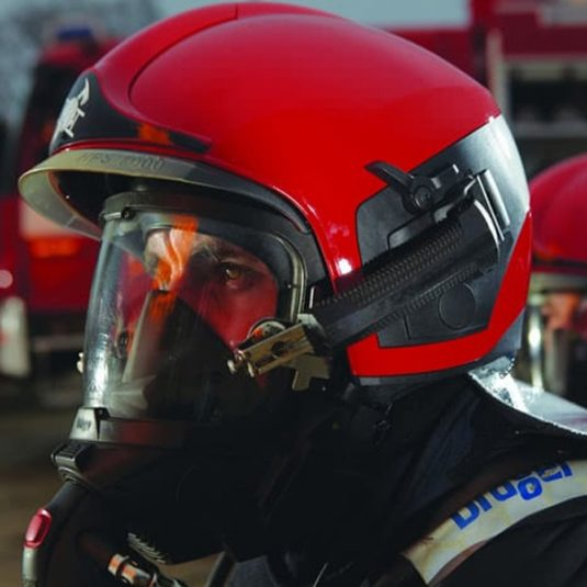 Firefighter Wearing Dräger HPS 7000 Helmet