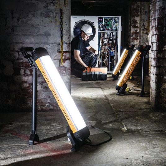 Defender Power DC4000 Contractor Light